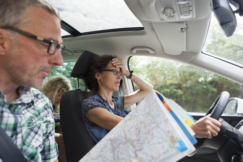 People going on vacations by car